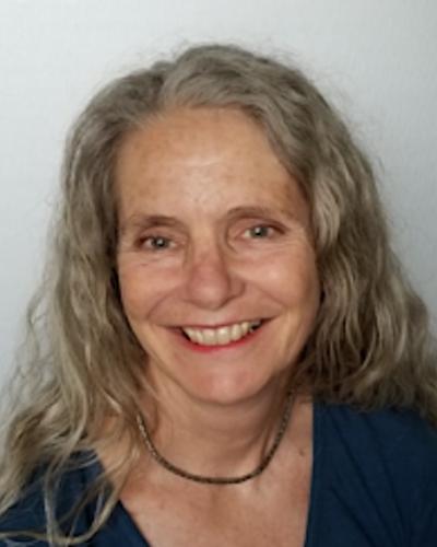 Barbara J Mahler