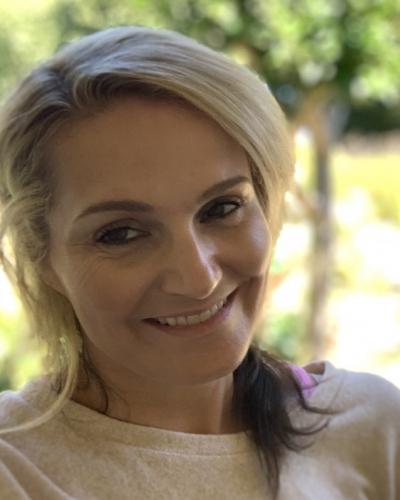 Elizabeth J Catlos