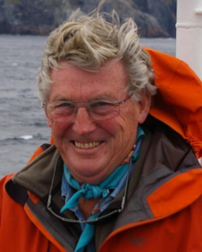 Ian W Dalziel