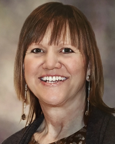Lynne J Bryant
