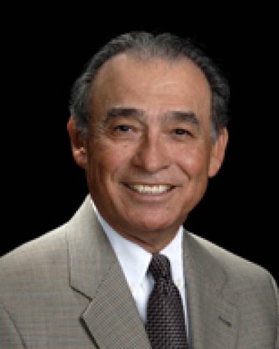 Ruben D Olivarez
