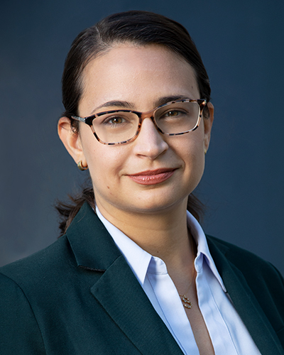 Sara J Hussain